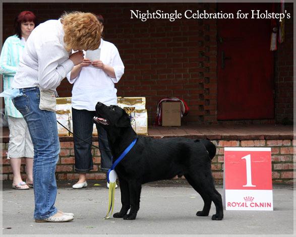nigchtsingle_celebration_holsteps17